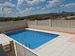 16112012105757_piscina.jpg