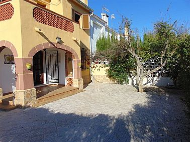 Property to buy Semi-detached Denia